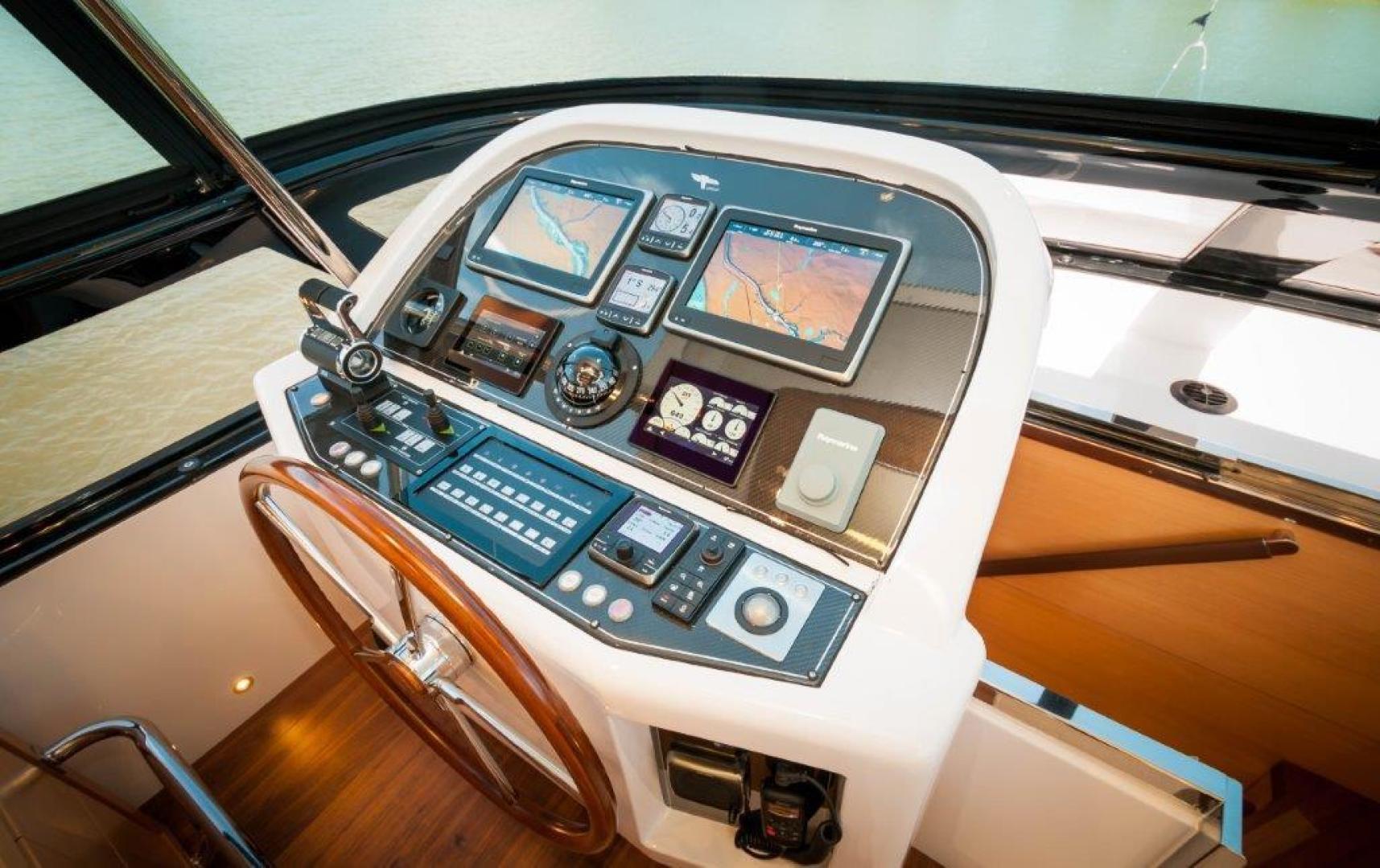 Maiora-84 Motor Yacht 2015-Never Rest SANDESTIN-Florida-United States-2015 Maiora 84 Motor Yacht Flybridge Helm Never Rest-720593 | Thumbnail