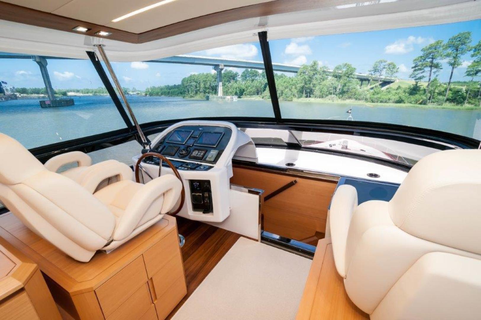 Maiora-84 Motor Yacht 2015-Never Rest SANDESTIN-Florida-United States-2015 Maiora 84 Motor Yacht Flybridge Helm Never Rest-720594 | Thumbnail