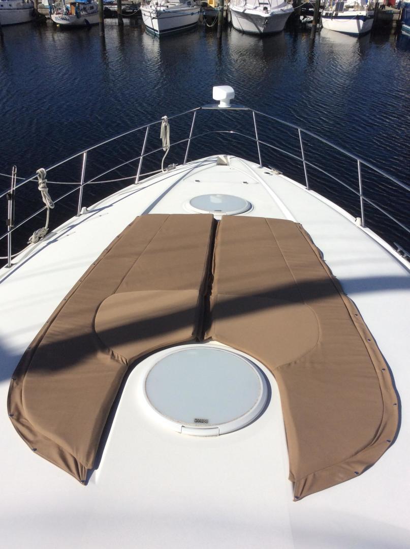 Cruisers-3870 Express 2000-CDreams Destin-Florida-United States-2000 38 Cruisers CDreams Sunpad-716046 | Thumbnail