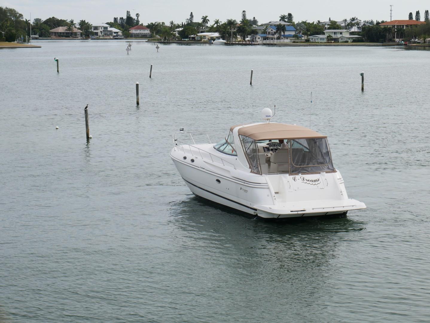 Cruisers-3870 Express 2000-CDreams Destin-Florida-United States-2000 38 Cruisers CDreams Transom-1420235 | Thumbnail