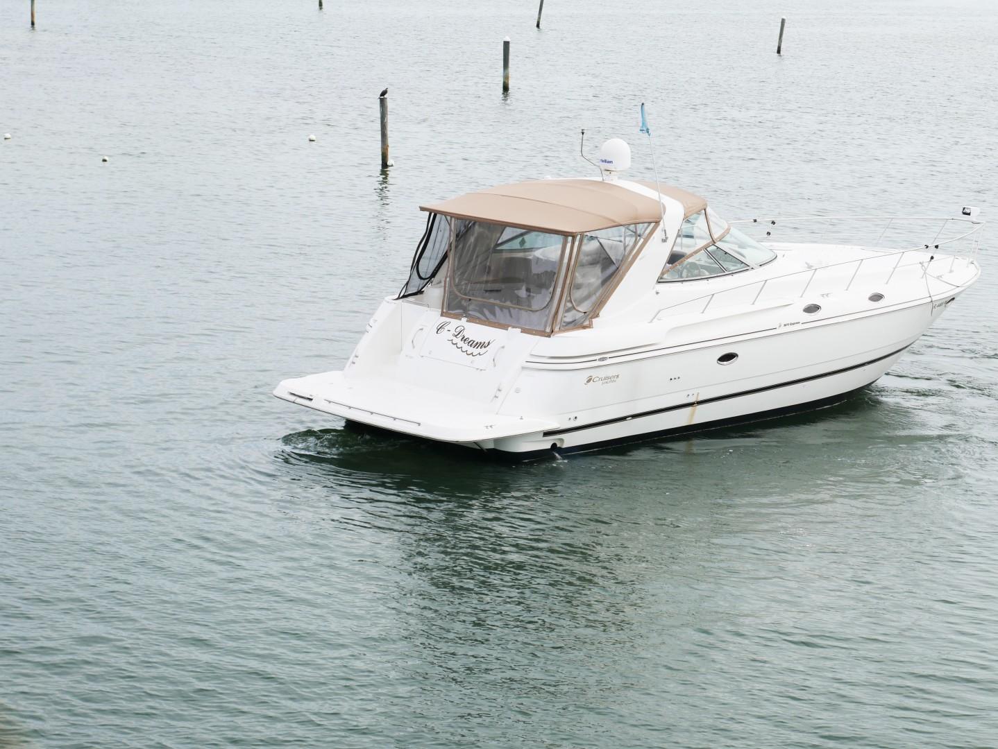 Cruisers-3870 Express 2000-CDreams Destin-Florida-United States-2000 38 Cruisers CDreams Starboard -1420236 | Thumbnail