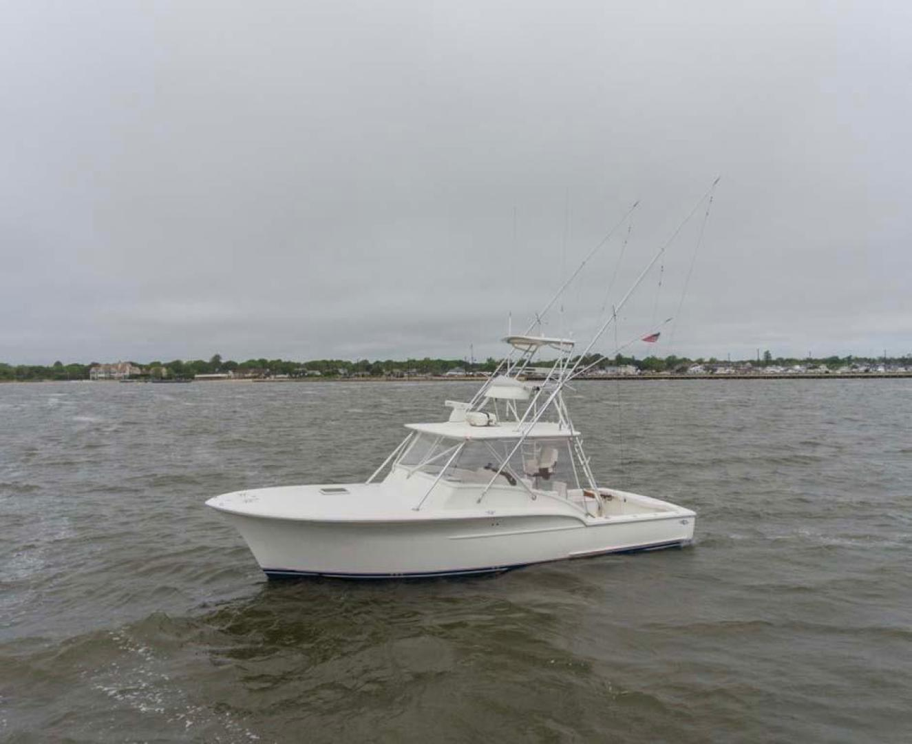 Jersey-Cape-Devil-36-Express-Custom-Carolina-2010-X-Static-Long-Island-United-States-Port-bow-929562