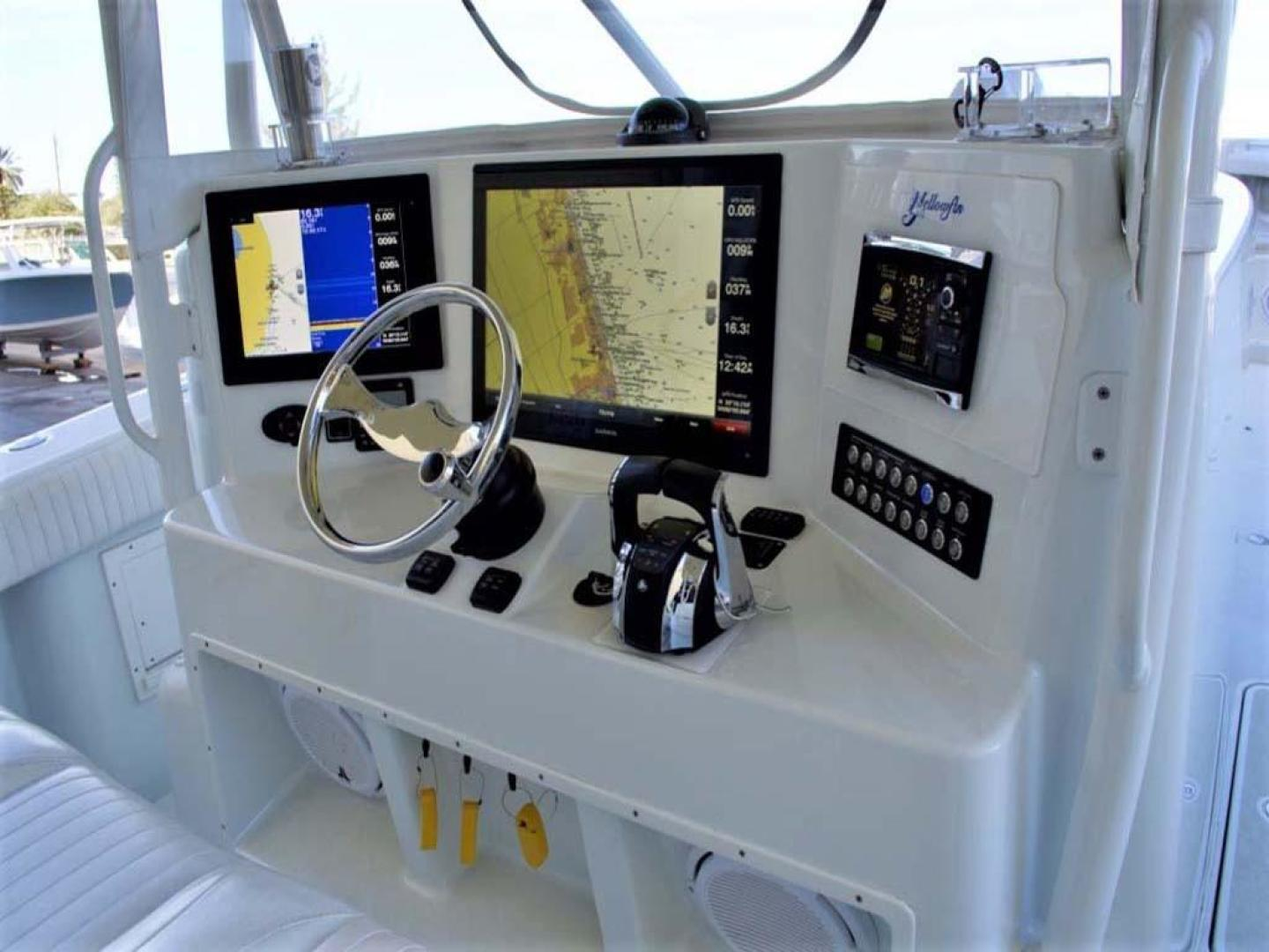 Yellowfin-42 Offshore 2009-Hard Charger Pompano-Florida-United States-Helm-929759 | Thumbnail
