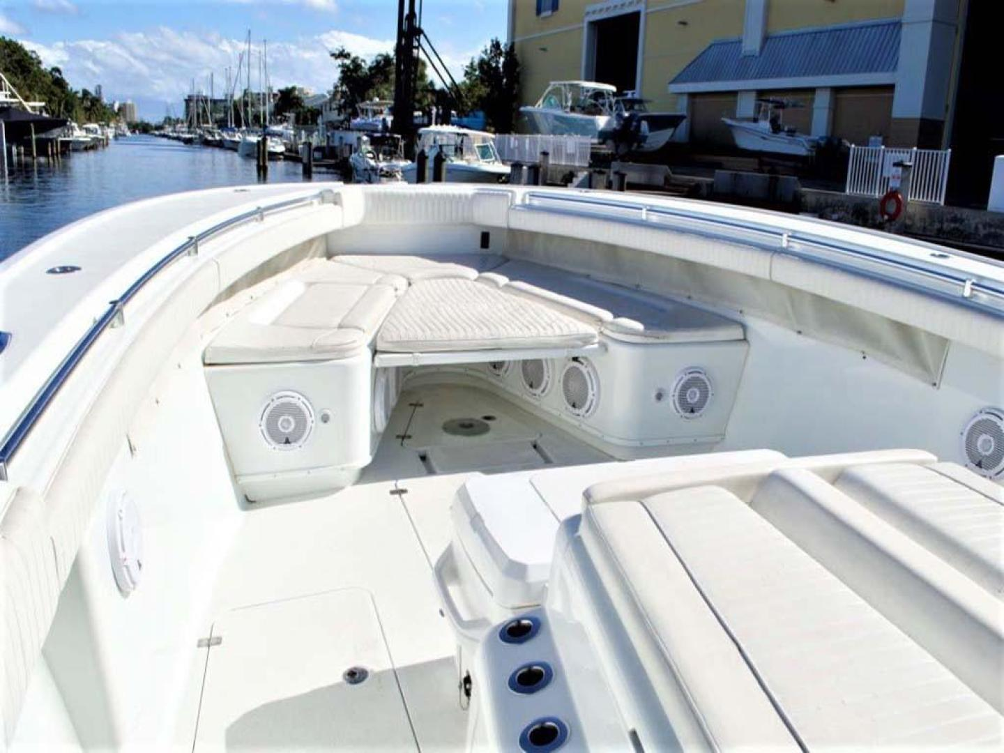Yellowfin-42-Open-2009-Hard-Charger-Pompano-Florida-United-States-Foredeck-929751