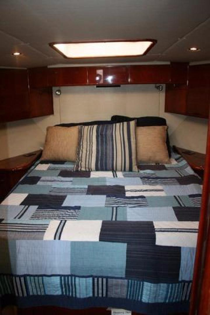 Picture Of: 45' Hargrave Express 2001 Yacht For Sale | 2 of 29