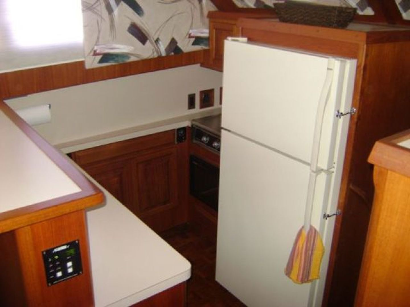 Viking-Convertible 1988 -Cape May-New Jersey-United States-Galley Countertops-928289 | Thumbnail