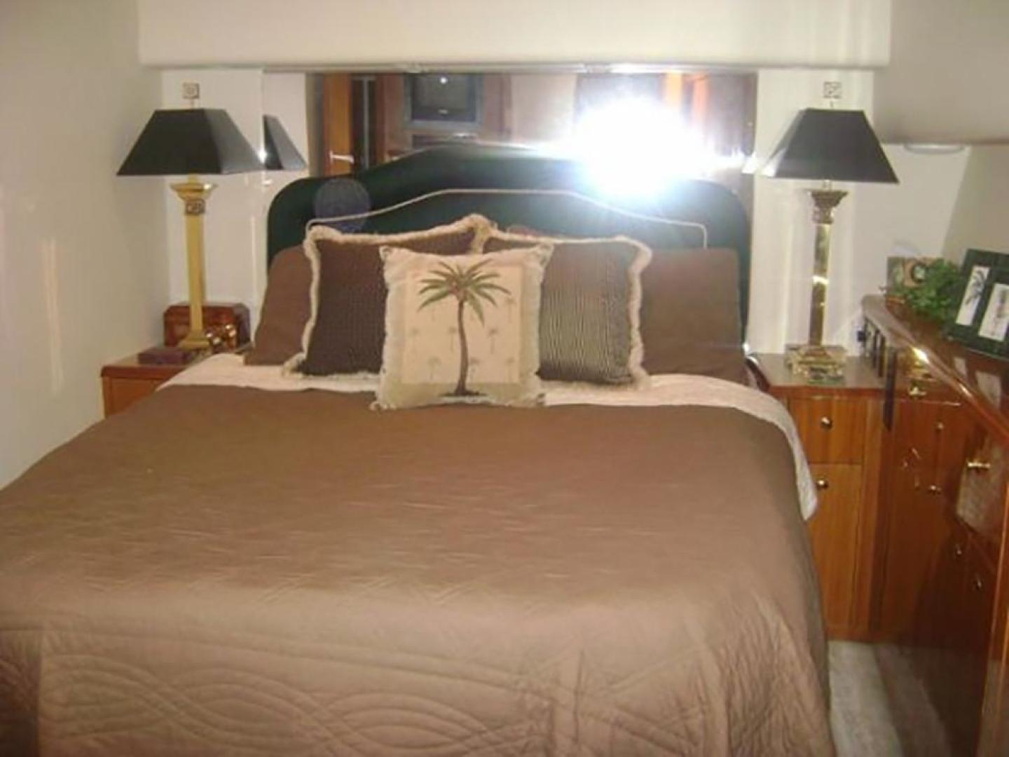 Viking-55 Convertible 1998-Wild Oats Cape May-New Jersey-United States-Master Stateroom-928406   Thumbnail