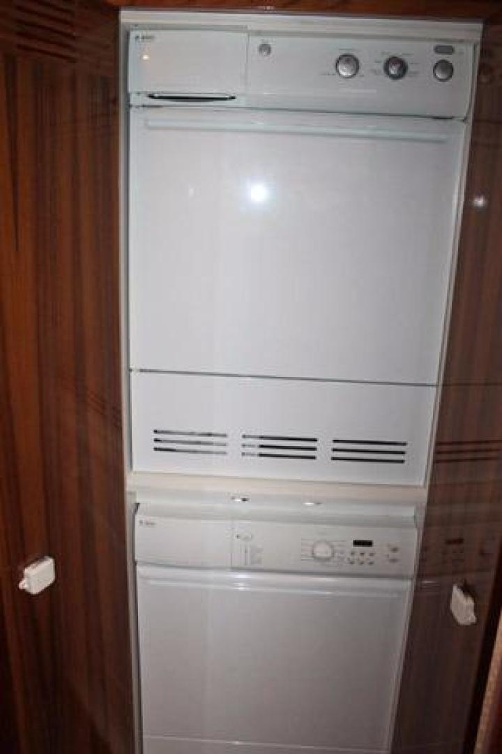 Riviera-Convertible 2008-Dolphin Seeker Wildwood-New Jersey-United States-Washer/Dryer-928453 | Thumbnail