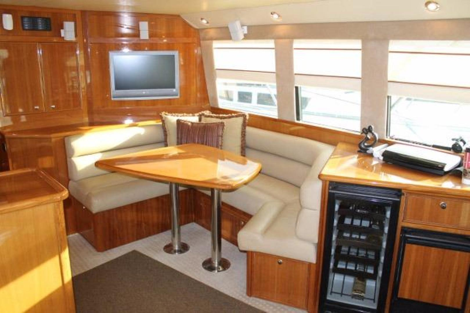 Riviera-Convertible 2008-Dolphin Seeker Wildwood-New Jersey-United States-Dinette-928444 | Thumbnail