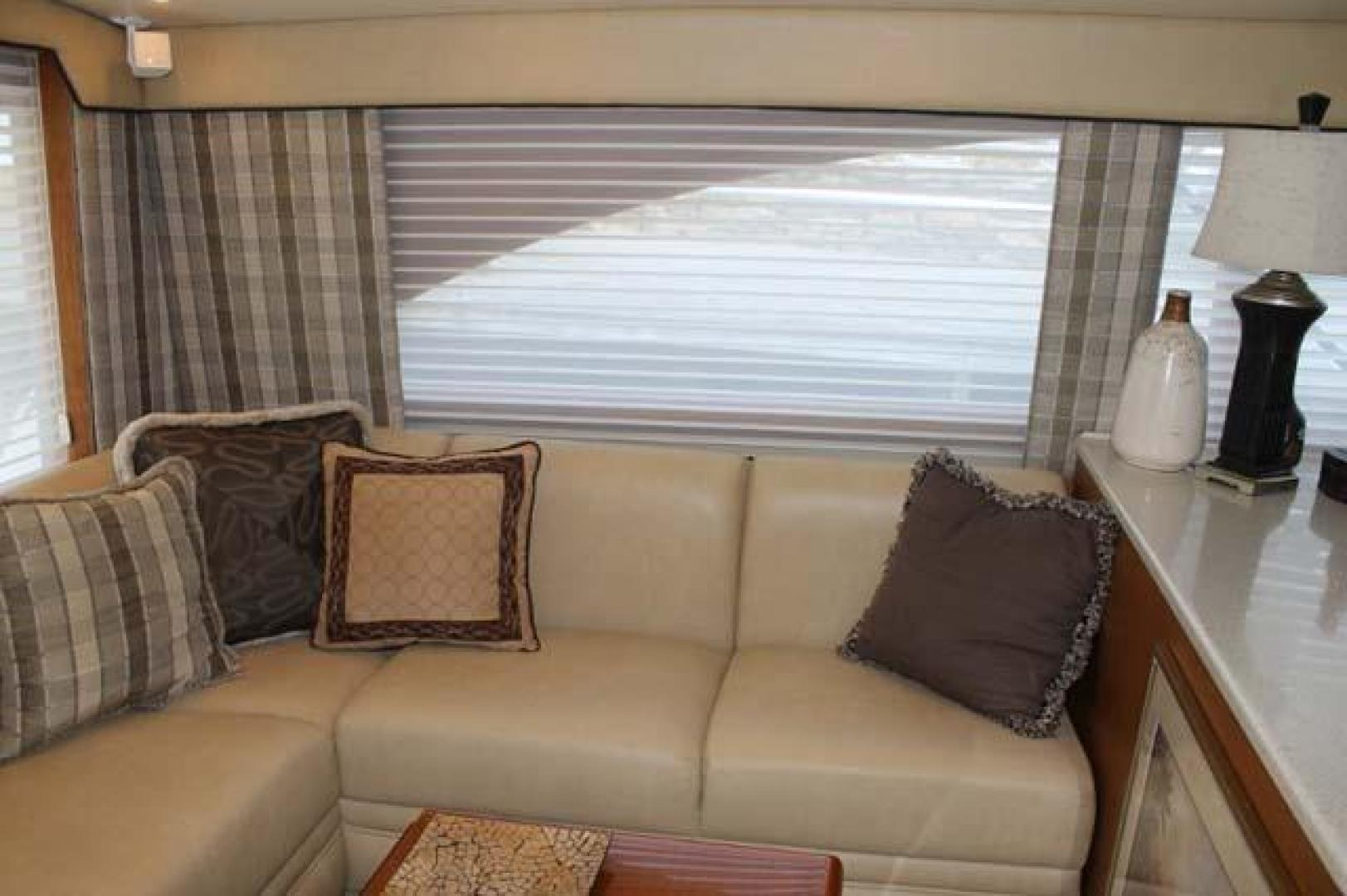 Ocean Yachts-46 Convertible Sportfish 2006-Sticks and Stones Cape May-New Jersey-United States-Salon Port Settee-927922   Thumbnail