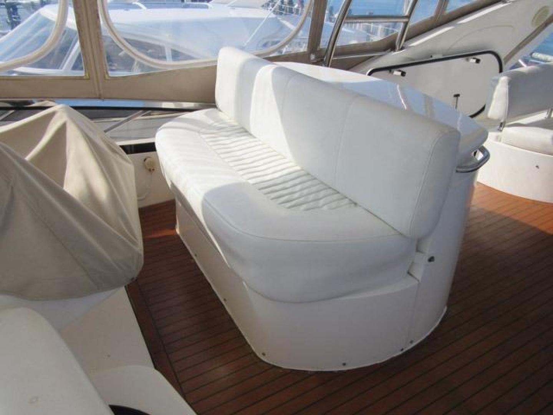 Sunseeker-Manhattan 64 2003-Dealership Fort Lauderdale-Florida-United States-F/B Helm Seat-376006 | Thumbnail