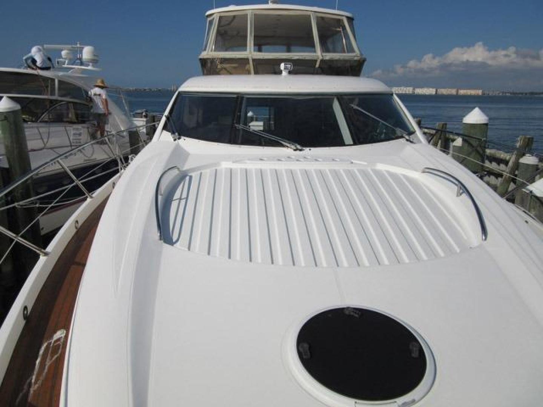 Sunseeker-Manhattan 64 2003-Dealership Fort Lauderdale-Florida-United States-Foredeck-376001 | Thumbnail
