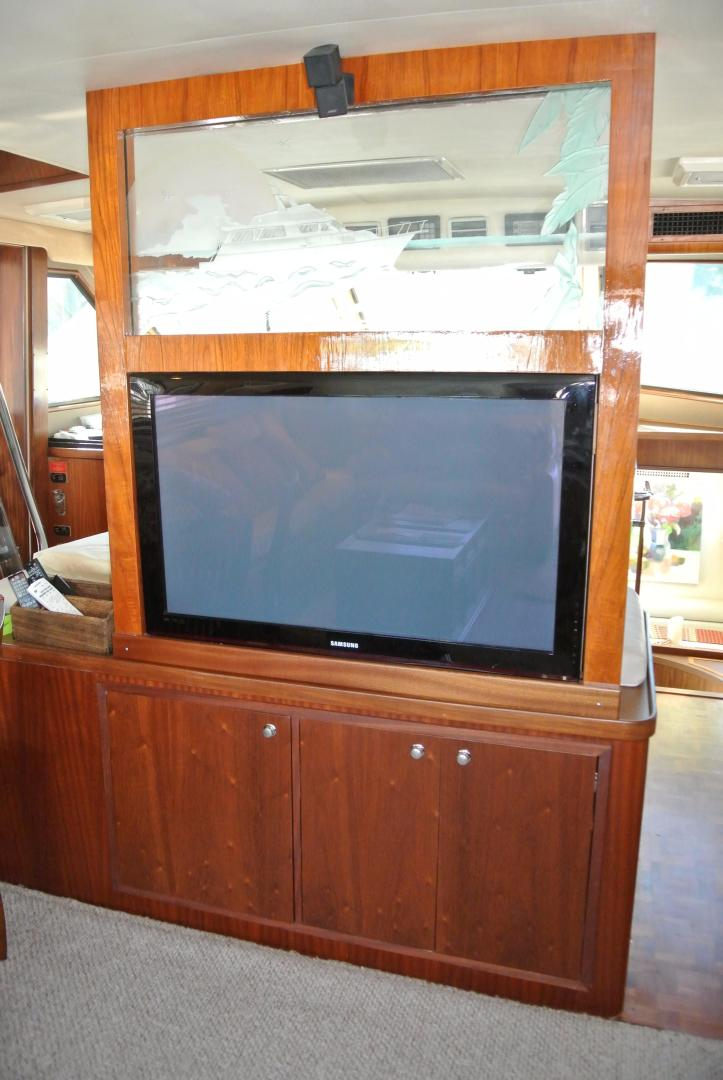 Hatteras-67 Cockpit Motor Yacht 1988-Lady Encore Saint Petersburg-Florida-United States-Entertainment-926189 | Thumbnail