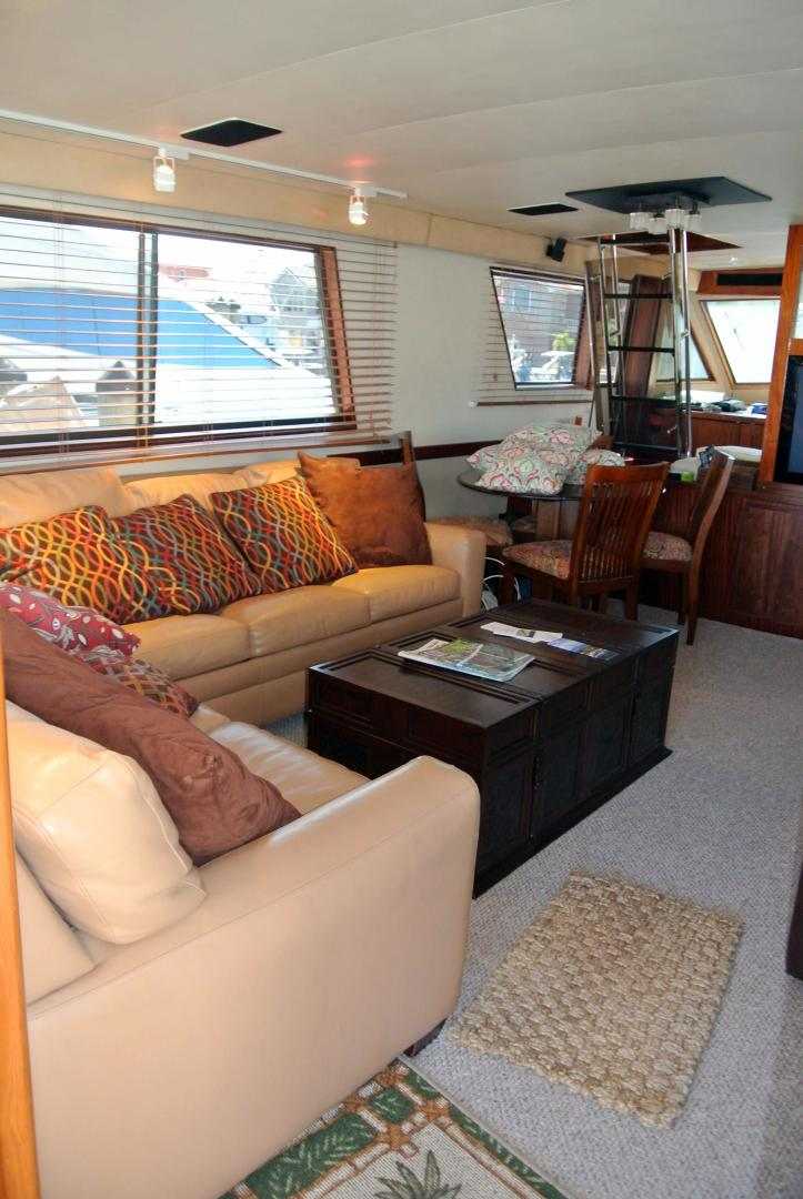 Hatteras-67-Cockpit-Motor-Yacht-1988-Lady-Encore-Saint-Petersburg-Florida-United-States-Salon-926188