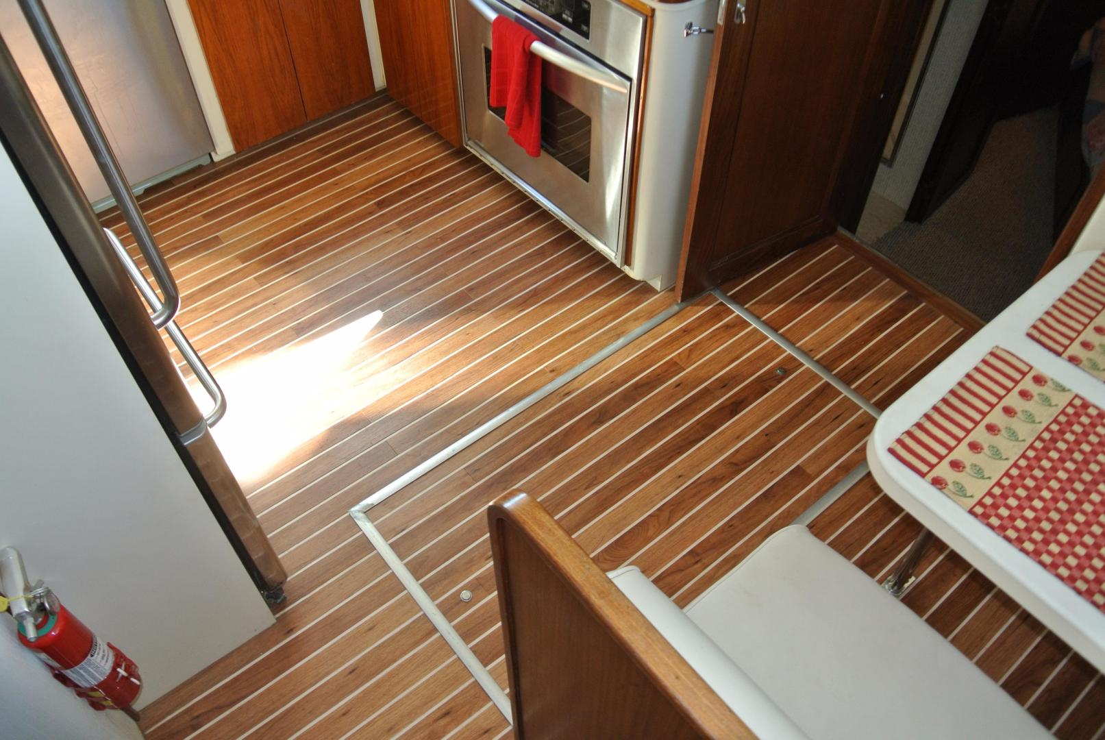 Hatteras-67 Cockpit Motor Yacht 1988-Lady Encore Saint Petersburg-Florida-United States-Galley-926193 | Thumbnail