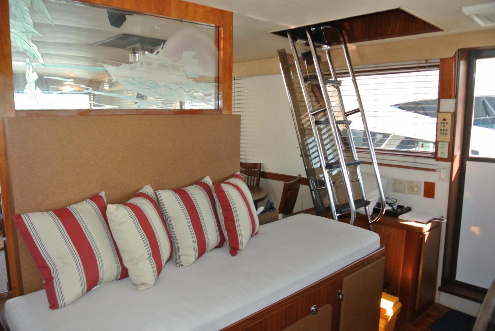 Hatteras-67-Cockpit-Motor-Yacht-1988-Lady-Encore-Saint-Petersburg-Florida-United-States-Wheel-House-926191
