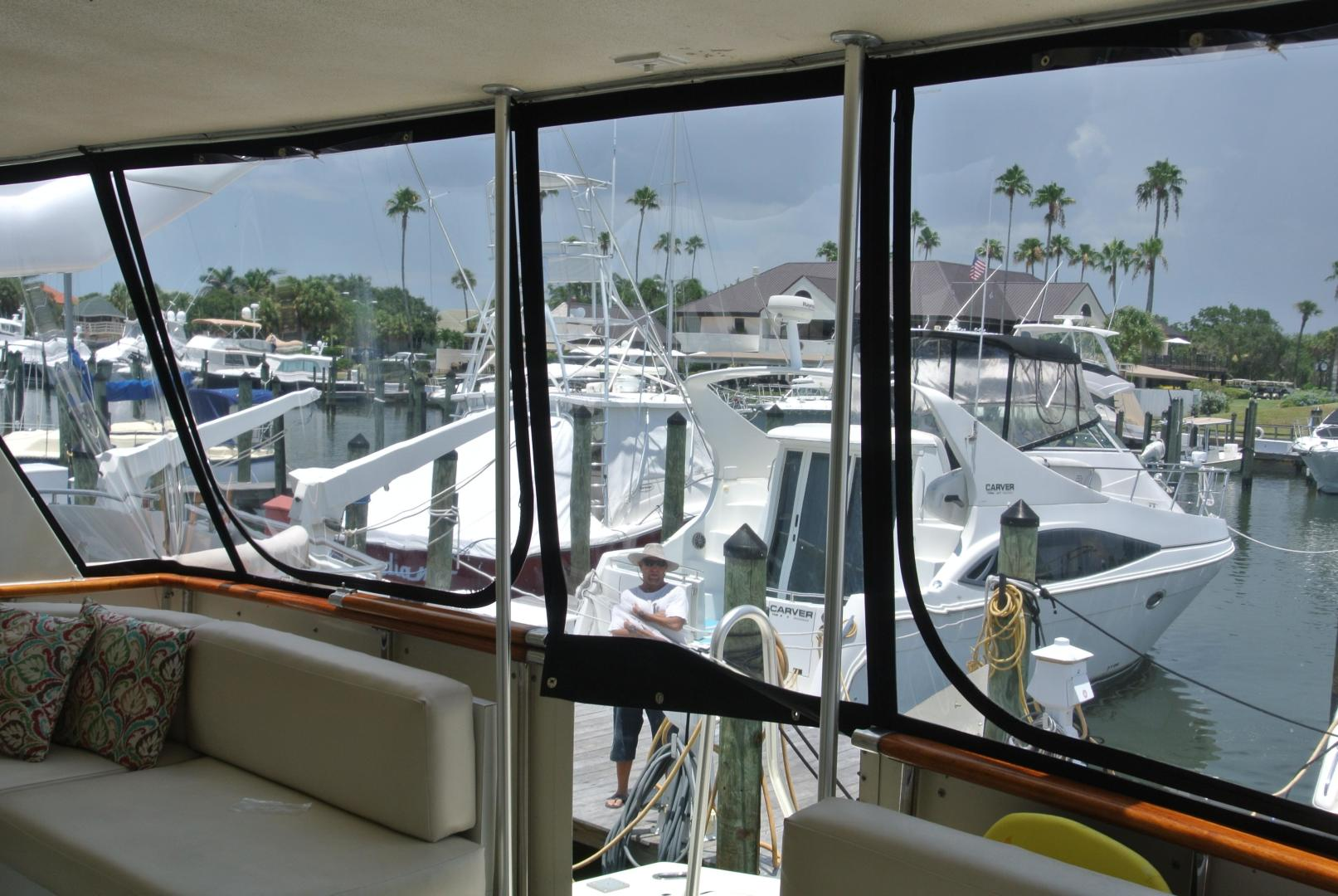 Hatteras-67-Cockpit-Motor-Yacht-1988-Lady-Encore-Saint-Petersburg-Florida-United-States-New-Enclosure-926174