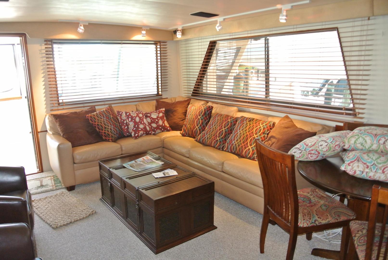 Hatteras-67 Cockpit Motor Yacht 1988-Lady Encore Saint Petersburg-Florida-United States-Salon-926190 | Thumbnail