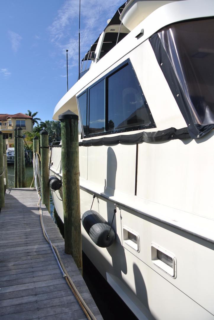 Hatteras-67 Cockpit Motor Yacht 1988-Lady Encore Saint Petersburg-Florida-United States-Aft Deck Sliding Windows-926175 | Thumbnail