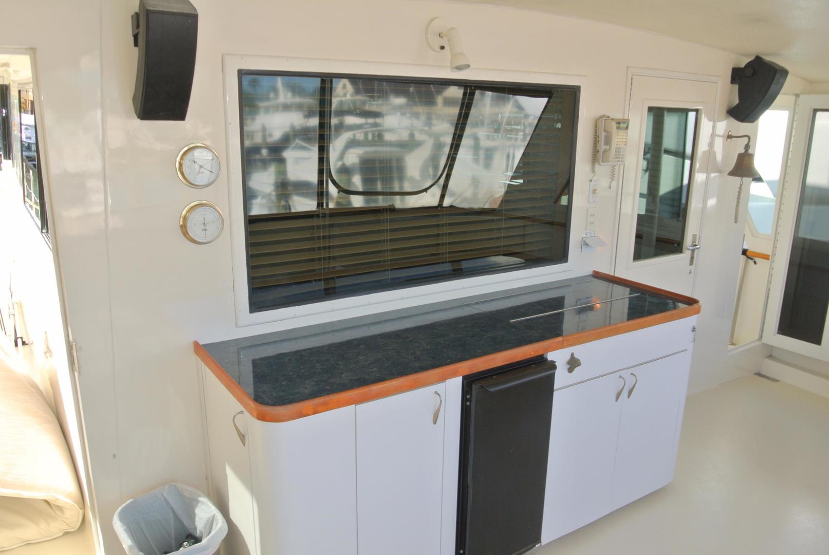 Hatteras-67-Cockpit-Motor-Yacht-1988-Lady-Encore-Saint-Petersburg-Florida-United-States-Wet-Bar-926186