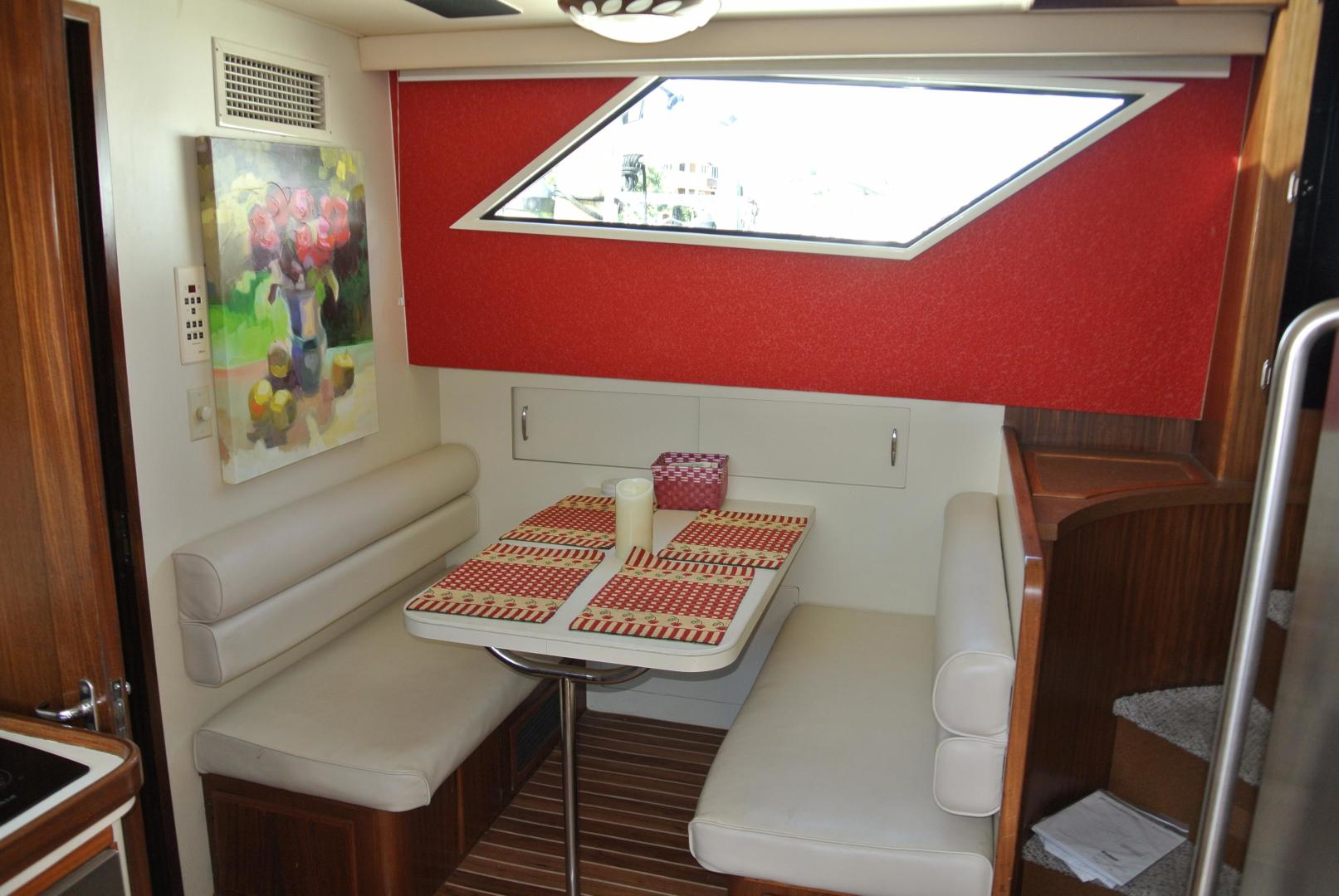 Hatteras-67-Cockpit-Motor-Yacht-1988-Lady-Encore-Saint-Petersburg-Florida-United-States-Dinette-926195