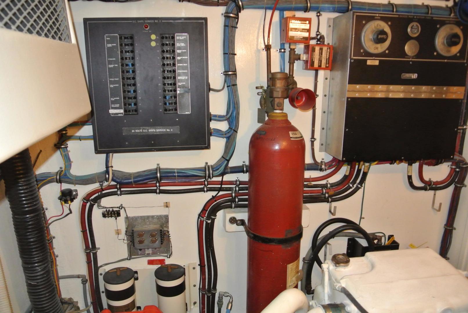 Hatteras-67-Cockpit-Motor-Yacht-1988-Lady-Encore-Saint-Petersburg-Florida-United-States-E/R-926204