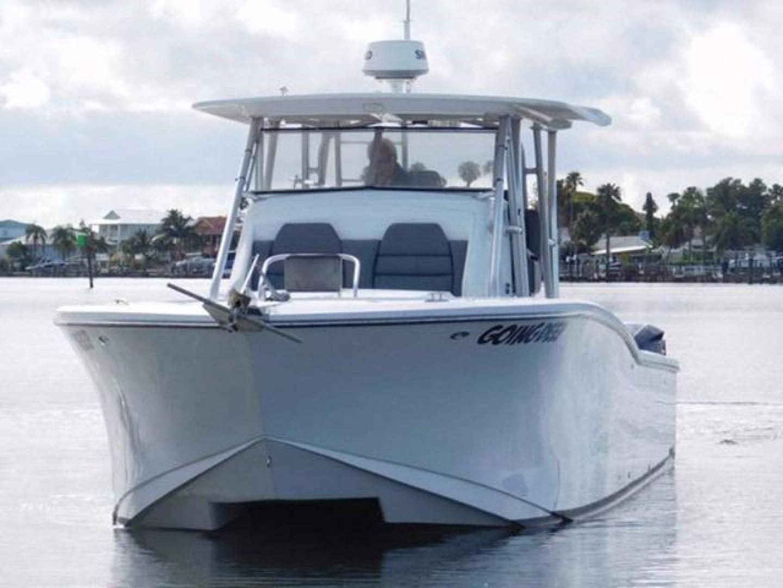 Millennia-Catamaran Center Console S/F 2009 -Madeira Beach-Florida-United States-Bow-925395 | Thumbnail
