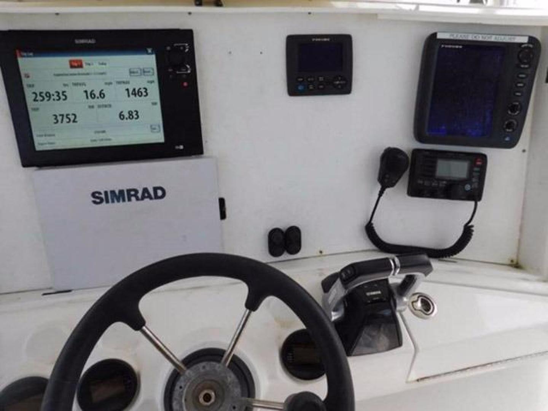 Millennia-Catamaran Center Console S/F 2009 -Madeira Beach-Florida-United States-Electronics-925402 | Thumbnail