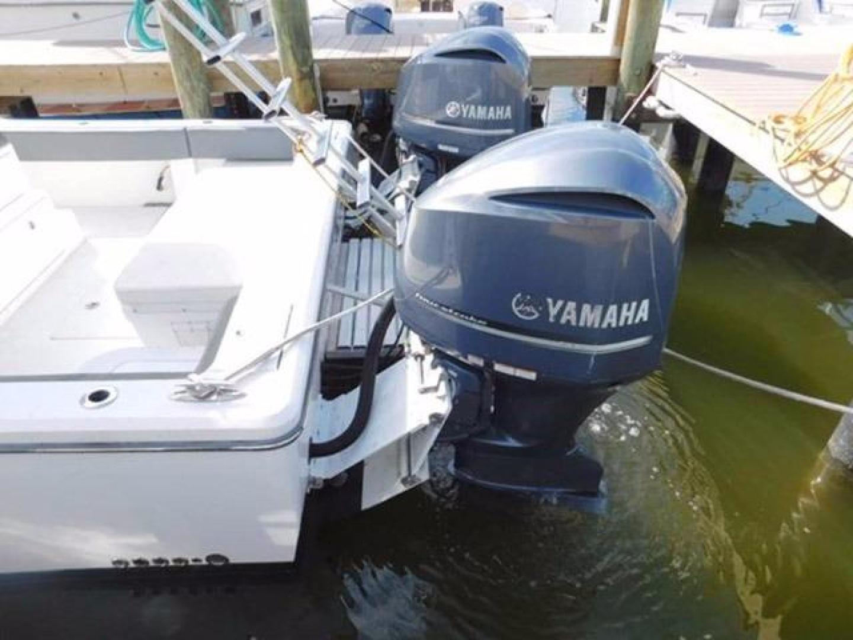 Millennia-Catamaran Center Console S/F 2009 -Madeira Beach-Florida-United States-Hydraulic Jack Plates-925407 | Thumbnail
