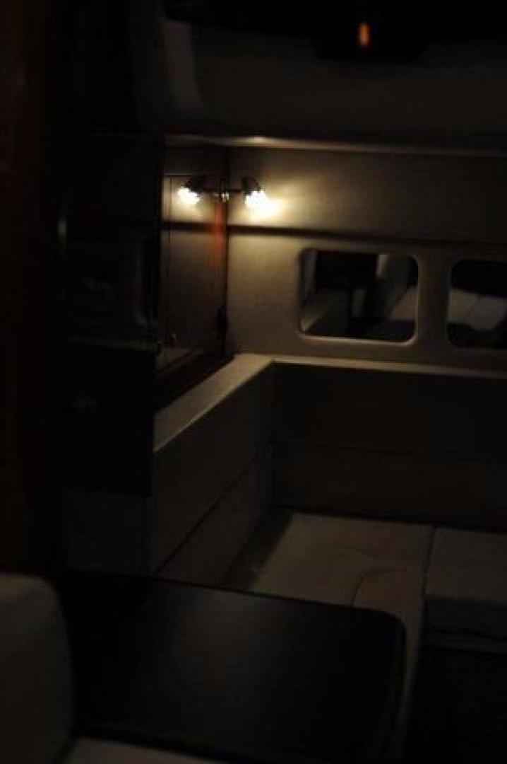 Sea-Ray-Sundancer-2008-Irish-Wake-Vancouver-Canada-Aft-Cabin-386781
