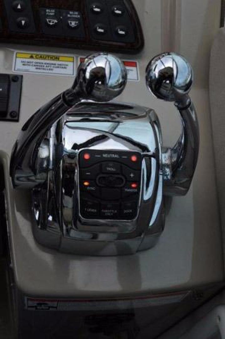 Sea-Ray-Sundancer-2008-Irish-Wake-Vancouver-Canada-Throttles-386806