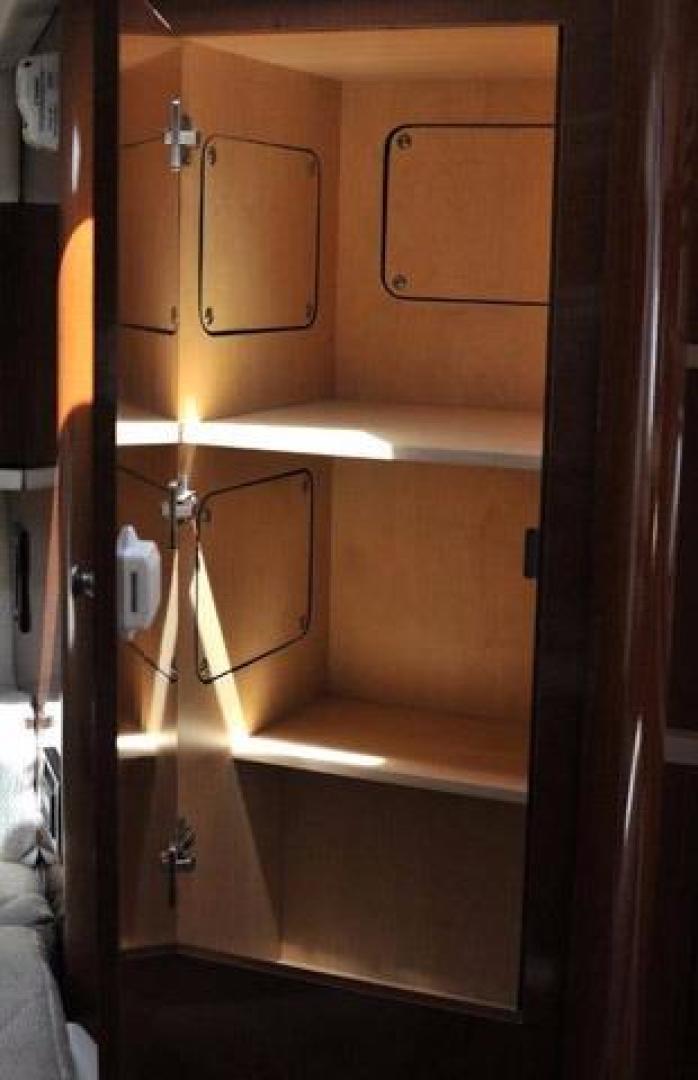 Sea-Ray-Sundancer-2008-Irish-Wake-Vancouver-Canada-Closet-386774
