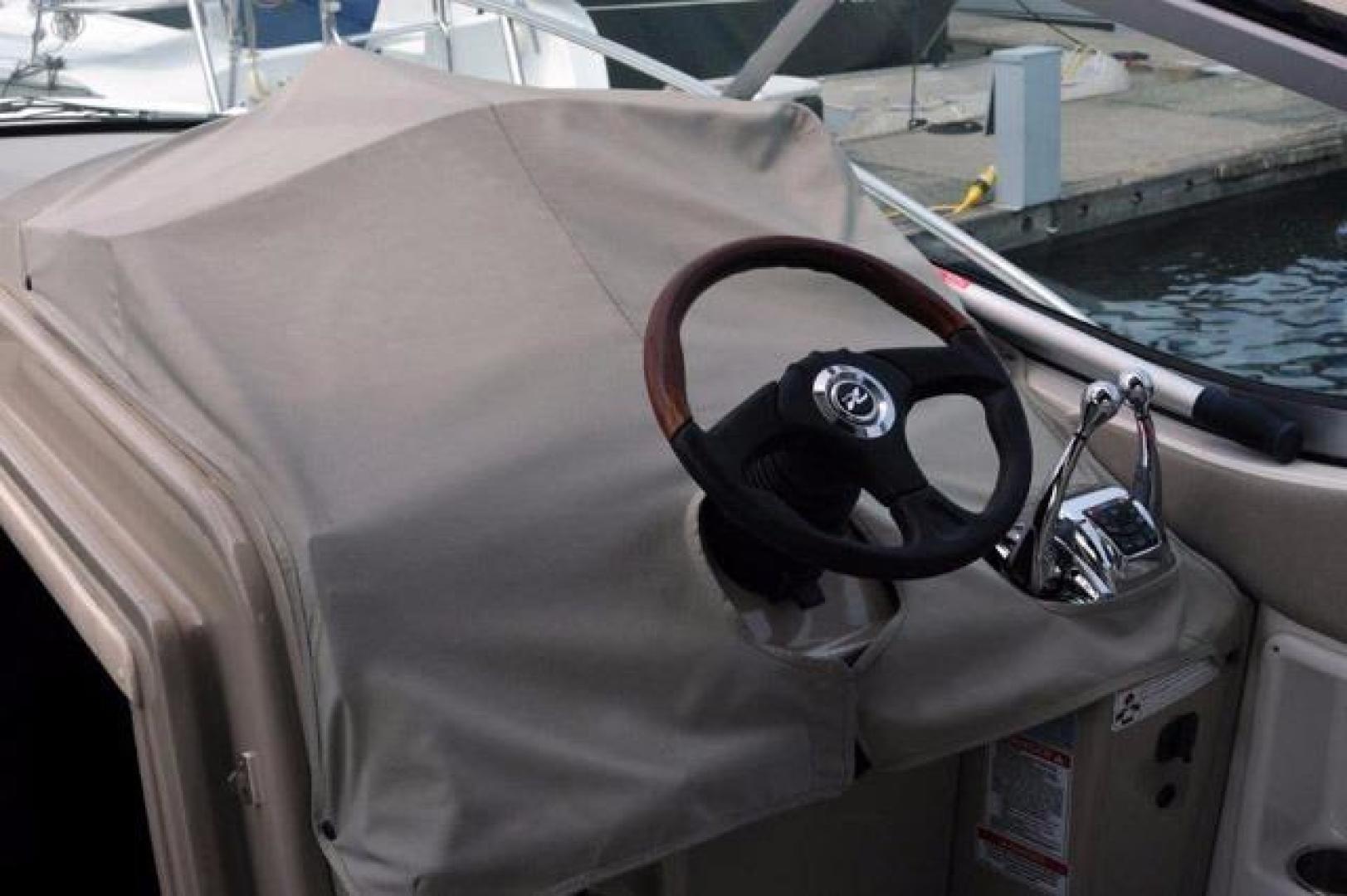 Sea-Ray-Sundancer-2008-Irish-Wake-Vancouver-Canada-Steering-Wheel-386802