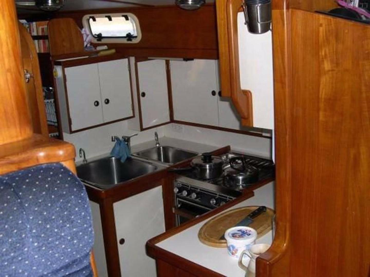 Crescent-Sloop 1992-Kattegat San Carlos-Mexico-Galley-386834 | Thumbnail