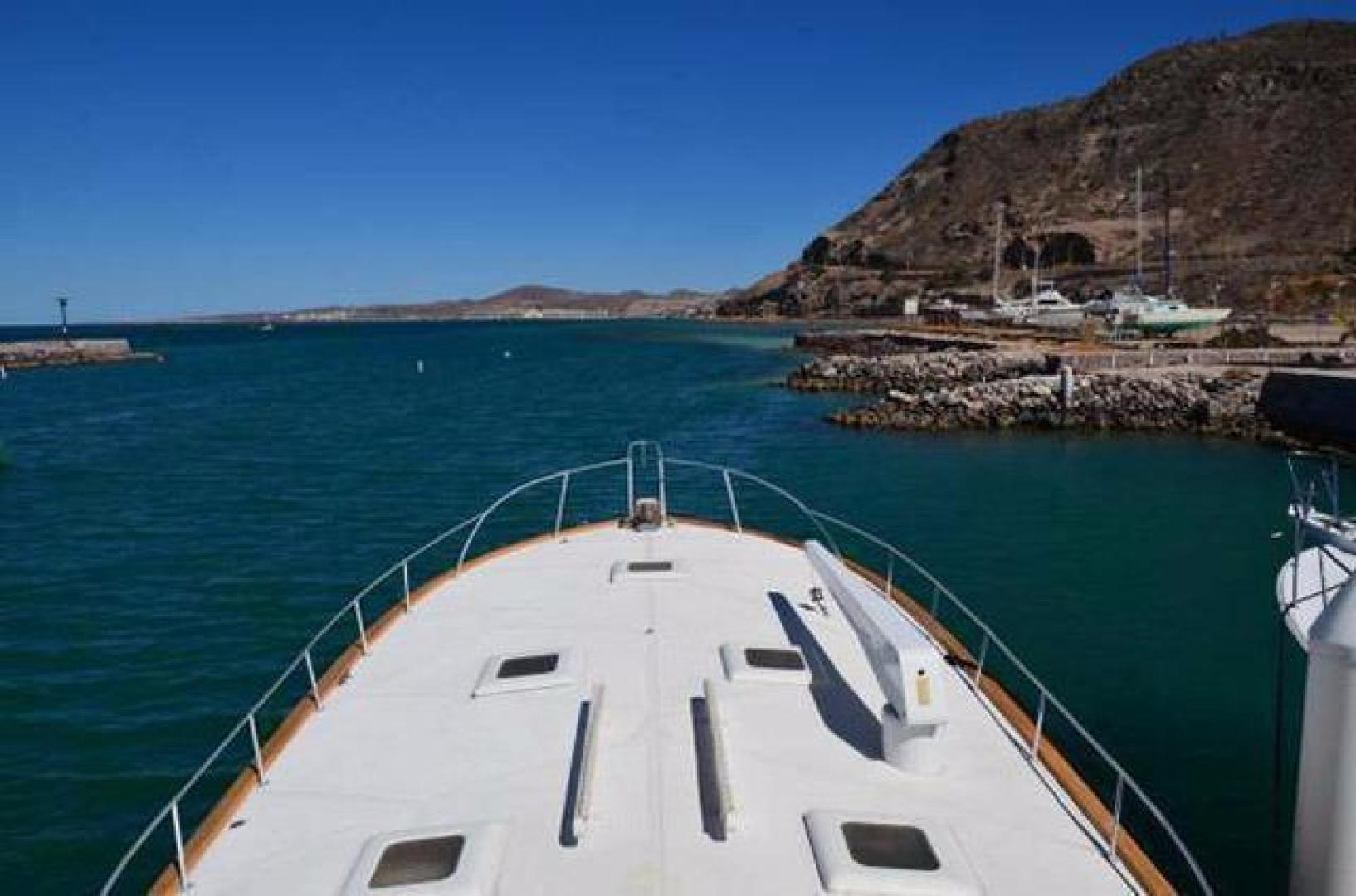 Buddy Davis-Sport Fishing Motor Yacht 1982-Rama III La Paz-Mexico-Foredeck-387261 | Thumbnail