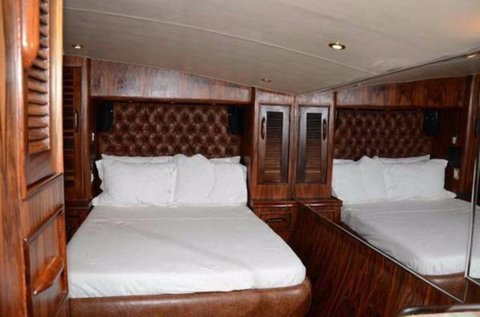 Buddy Davis-Sport Fishing Motor Yacht 1982-Rama III La Paz-Mexico-Master Stateroom-387255 | Thumbnail