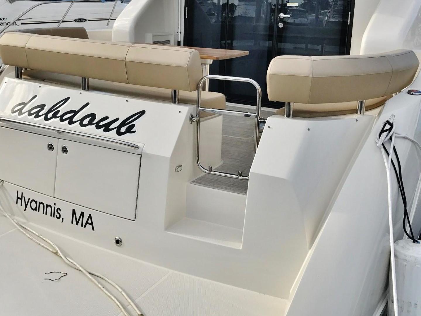 Carver-C37 Coupe 2016-DABDOUB Falmouth-Massachusetts-United States-Aft Companionway-135498 | Thumbnail