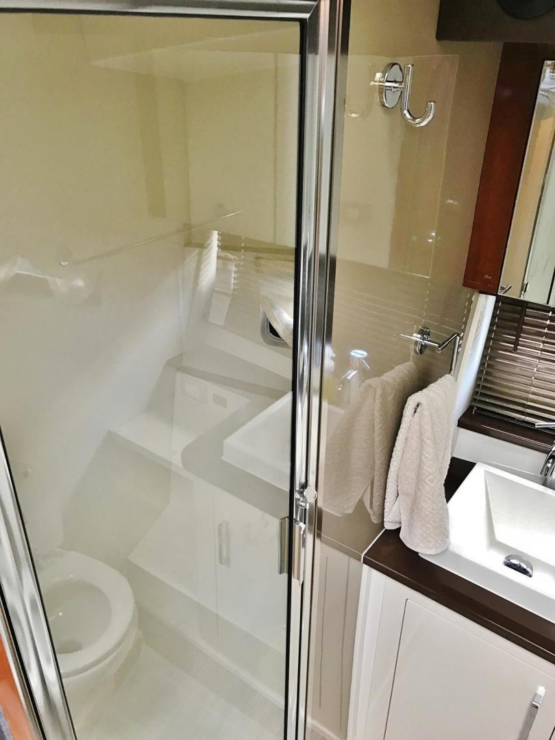 Carver-C37 Coupe 2016-DABDOUB Falmouth-Massachusetts-United States-Separate Shower Stall-135494 | Thumbnail