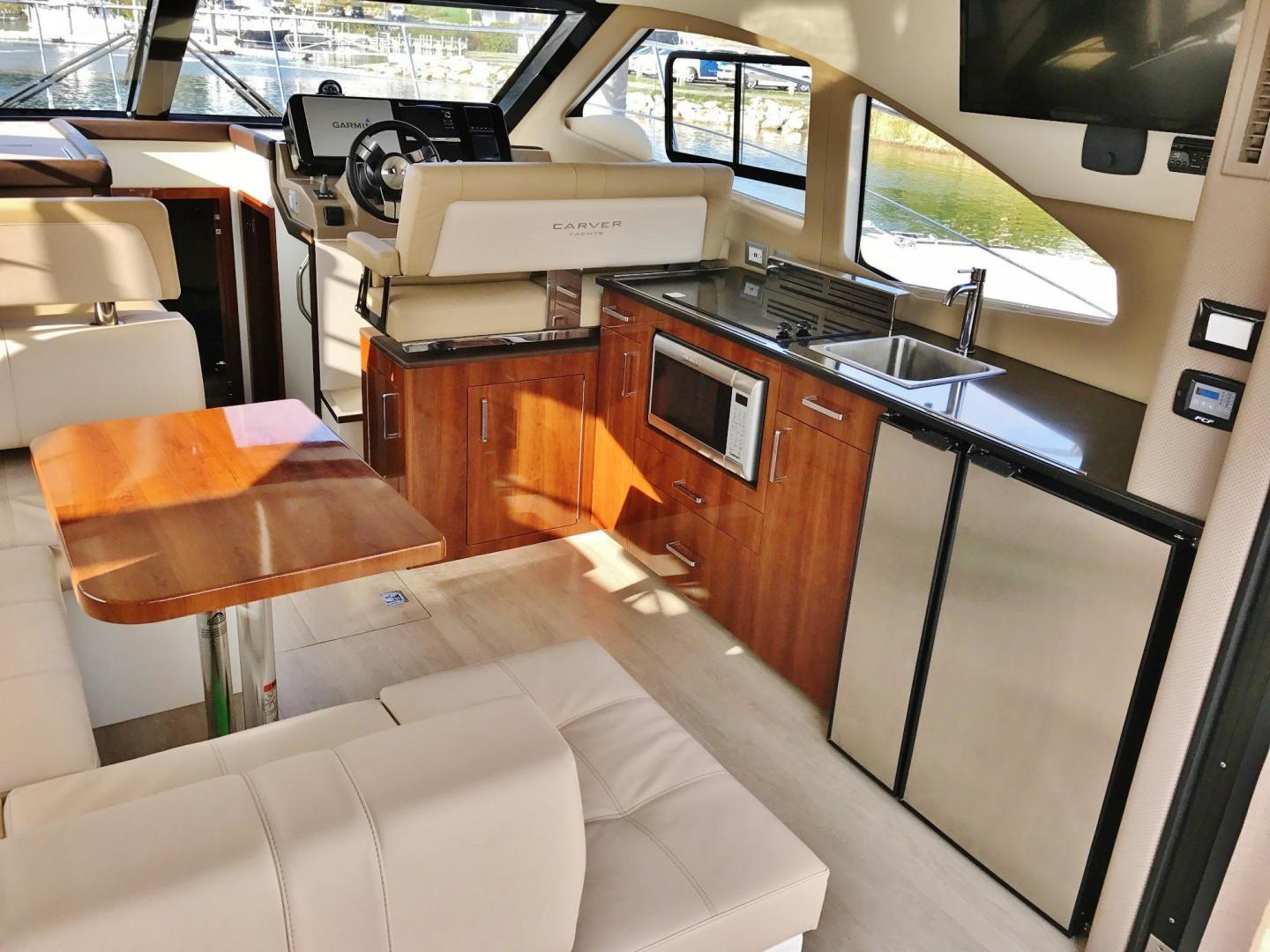 Carver-C37 Coupe 2016-DABDOUB Falmouth-Massachusetts-United States-Galley-135481 | Thumbnail