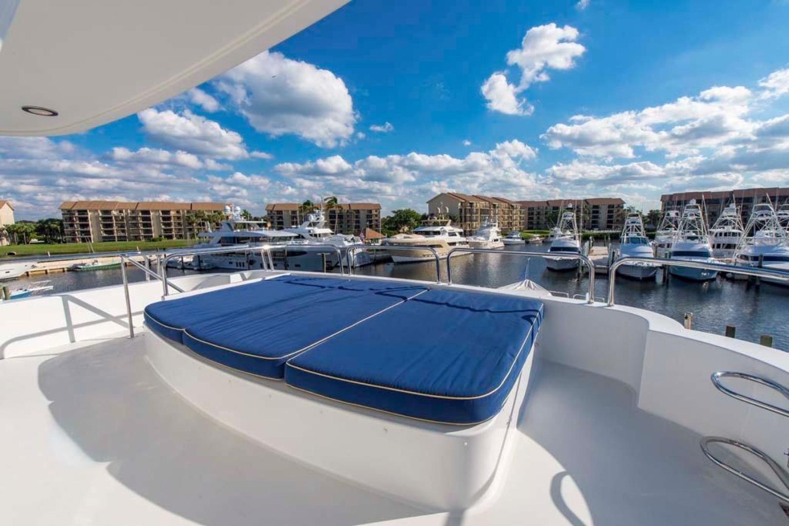 Westport-Tri-Deck 2003-Vision Jupiter-Florida-United States-Top Deck-370731 | Thumbnail