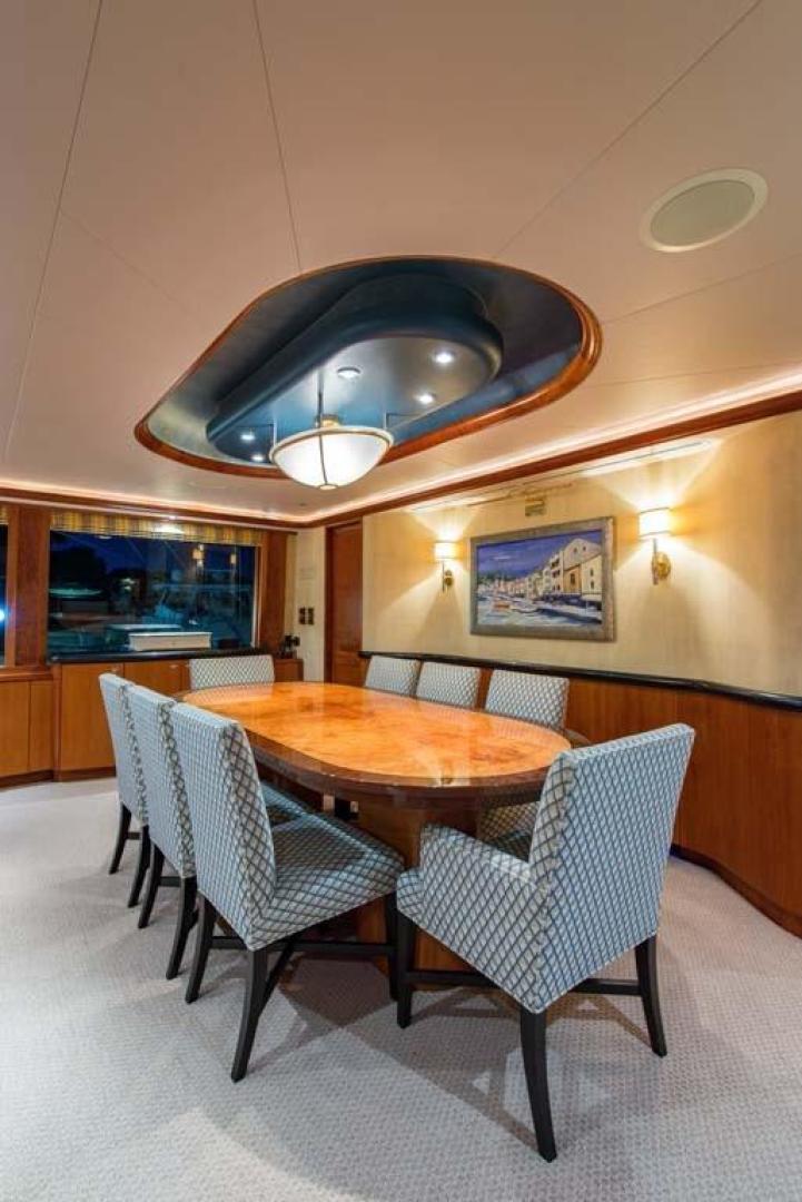 Westport-Tri-Deck 2003-Vision Jupiter-Florida-United States-Dining-370635 | Thumbnail