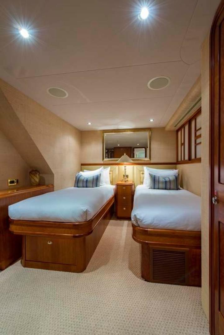 Westport-Tri-Deck 2003-Vision Jupiter-Florida-United States-Starboard Guest Statroom-370679 | Thumbnail