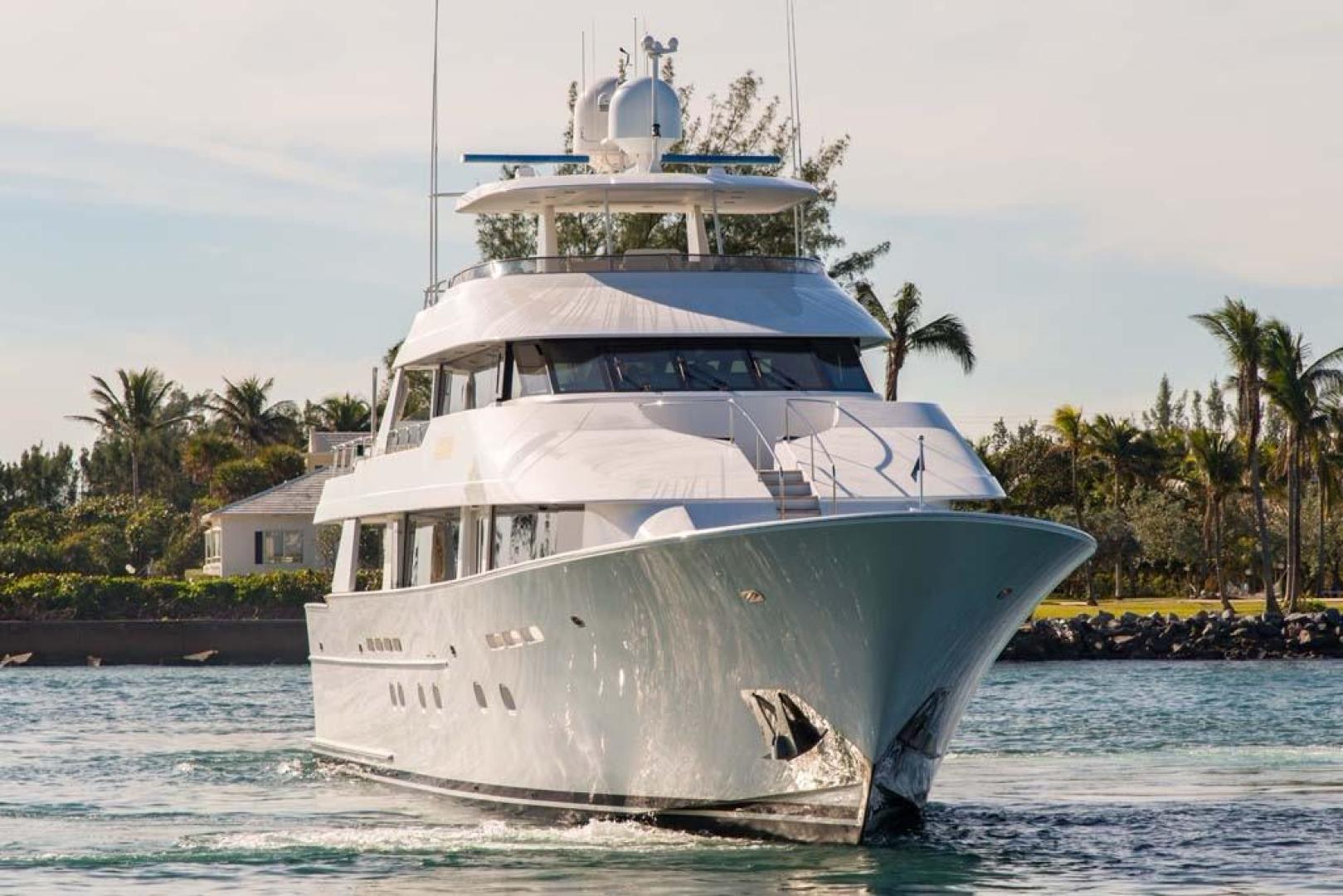 Westport-Tri-Deck 2003-Vision Jupiter-Florida-United States-Starboard Bow-370757 | Thumbnail