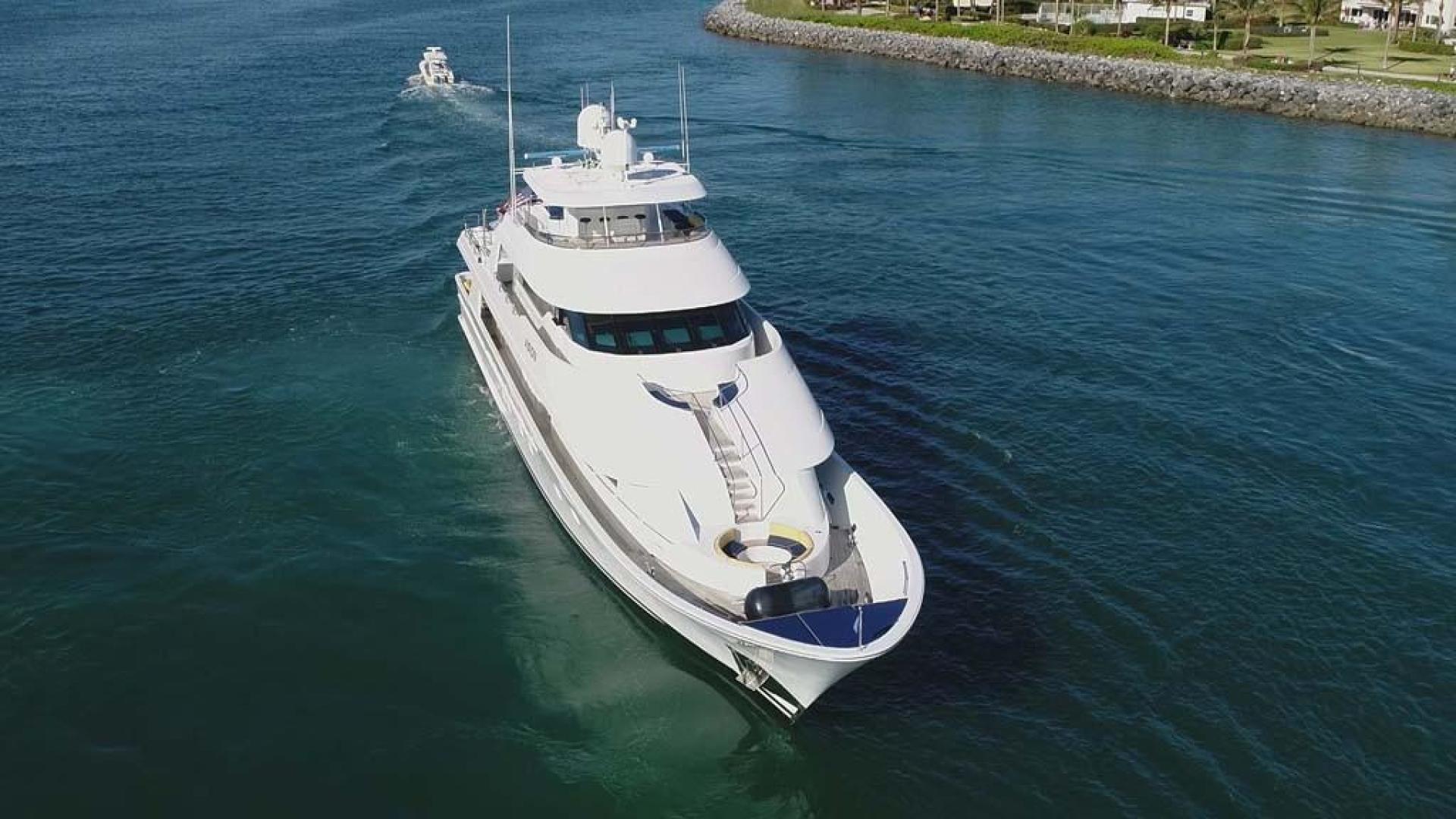 Westport-Tri-Deck 2003-Vision Jupiter-Florida-United States-Bow View-370612 | Thumbnail