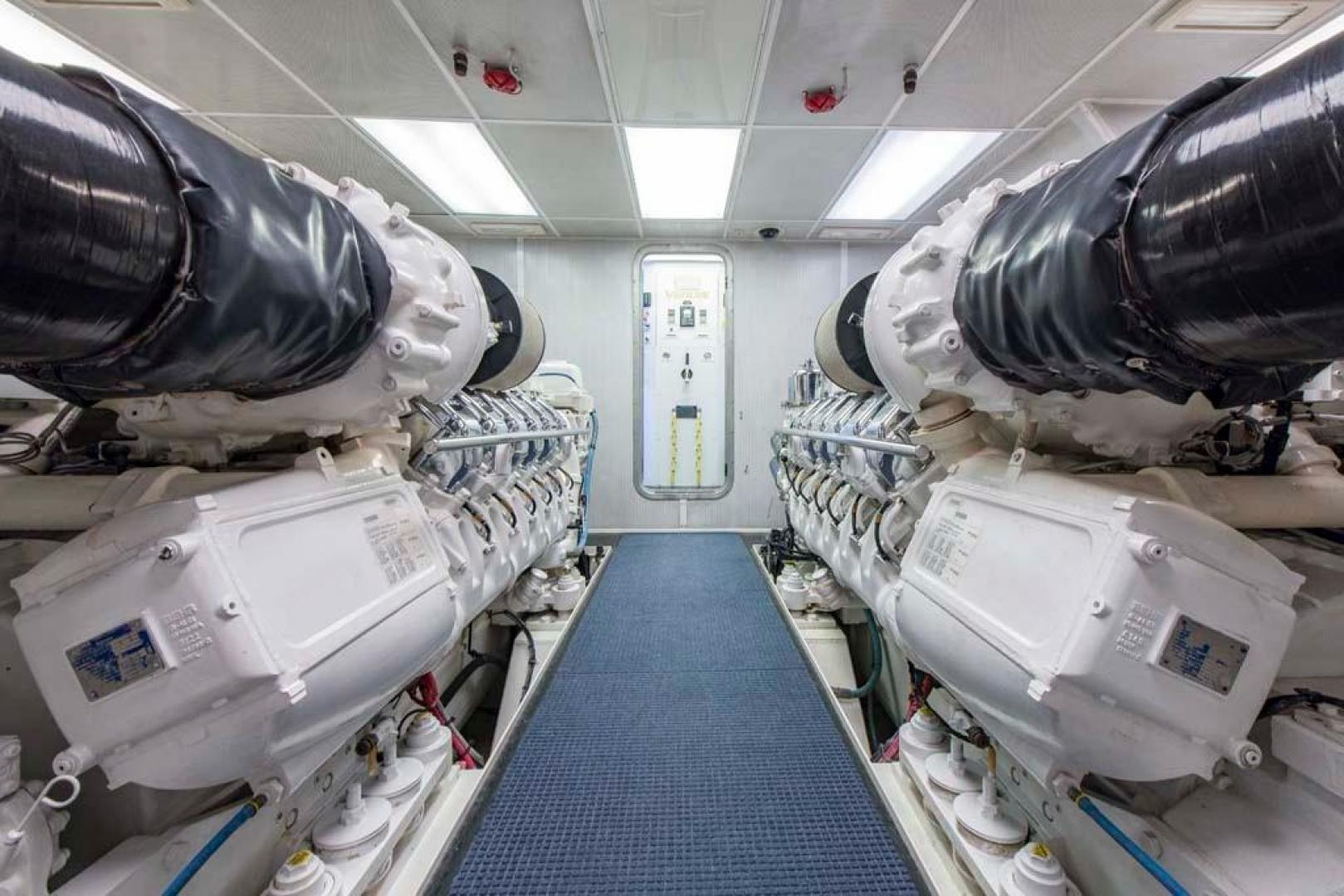 Westport-Tri-Deck-2003-Vision-Jupiter-Florida-United-States-Engine-Room-370753