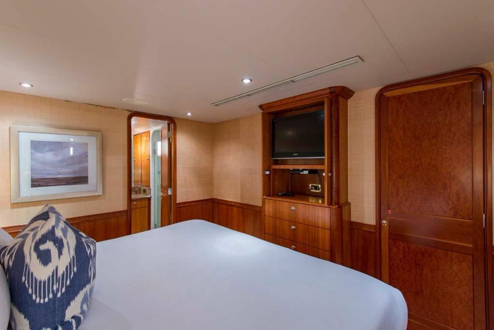 Westport-Tri-Deck 2003-Vision Jupiter-Florida-United States-VIP Starboard Guest Stateroom-370662 | Thumbnail