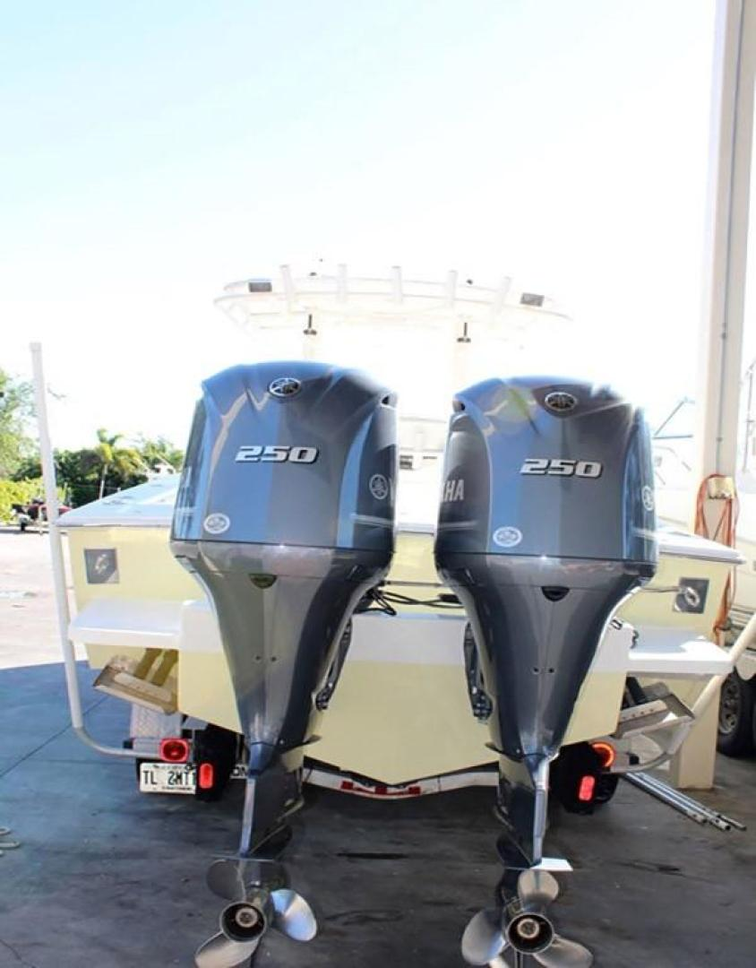 Jupiter-31 Center Console 2005-Lucky Duck Boynton Beach-Florida-United States-Engines-279139 | Thumbnail