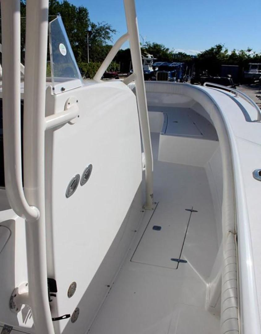 Jupiter-31 Center Console 2005-Lucky Duck Boynton Beach-Florida-United States-Side Deck-279130 | Thumbnail