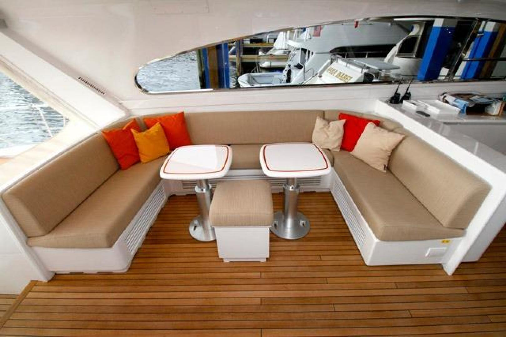 Leopard-Express-Motor-Yacht-2007-Happy-One-Miami-Florida-United-States-Dinette-Table-923714