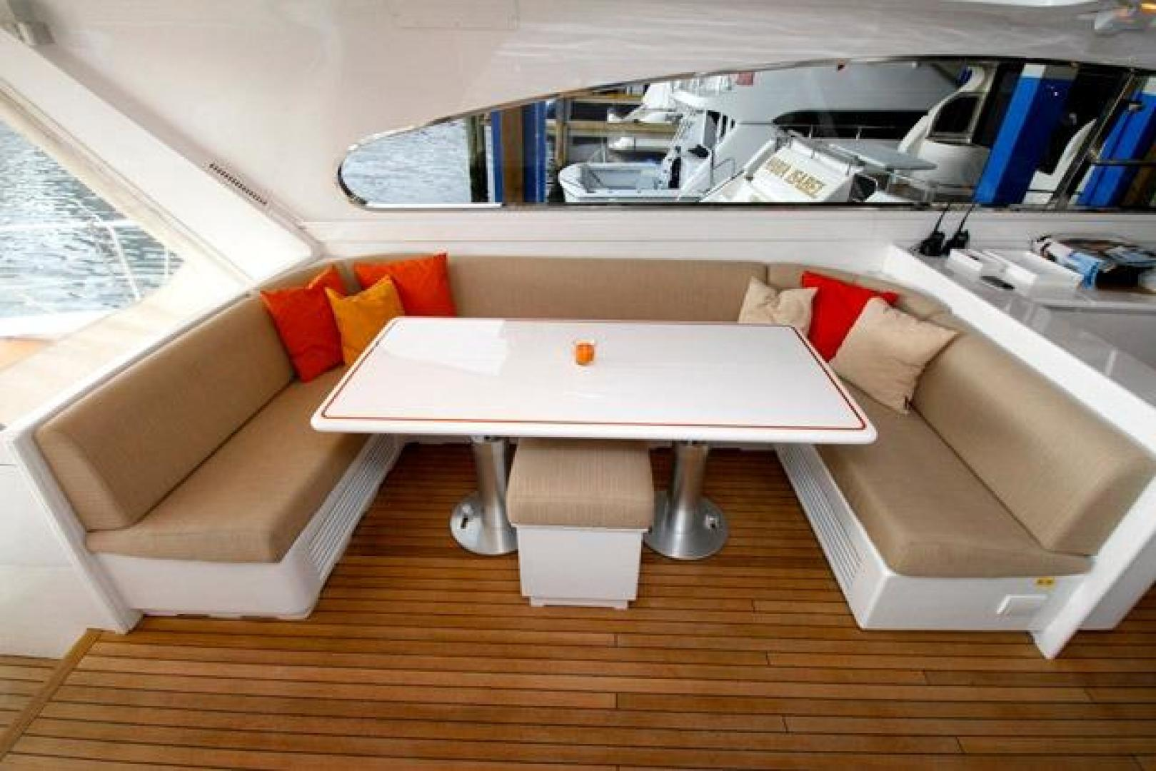 Leopard-Express-Motor-Yacht-2007-Happy-One-Miami-Florida-United-States-Dinette-923713